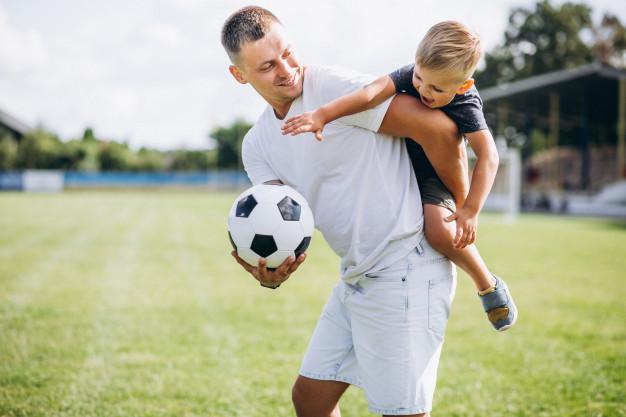 Jak rozbudzić w dziecku pasję do piłki nożnej?